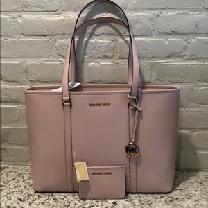 NWT Michael Kors leather tote and key chain wallet